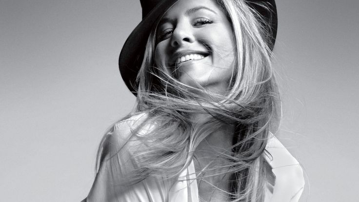 Jennifer Aniston Black And White Wallpaper
