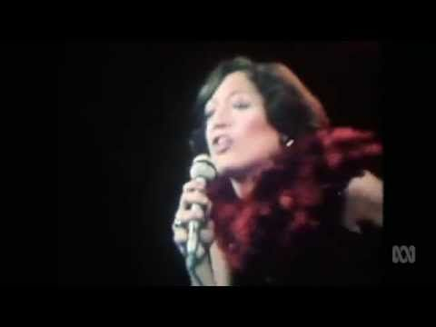 Vicki Sue Robinson - Turn The Beat Around (1976) - YouTube
