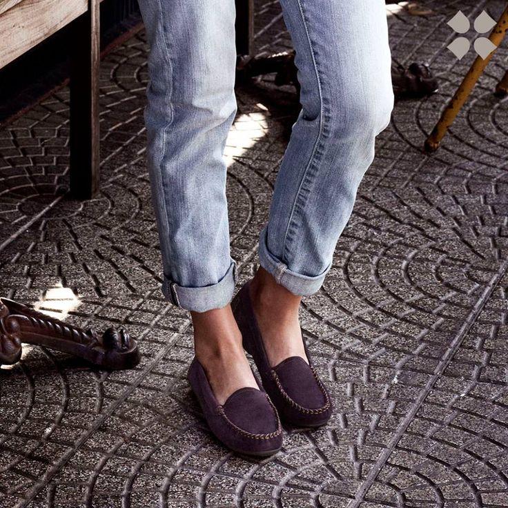 Shop Kellyn moccasin shoes at Naturalizer