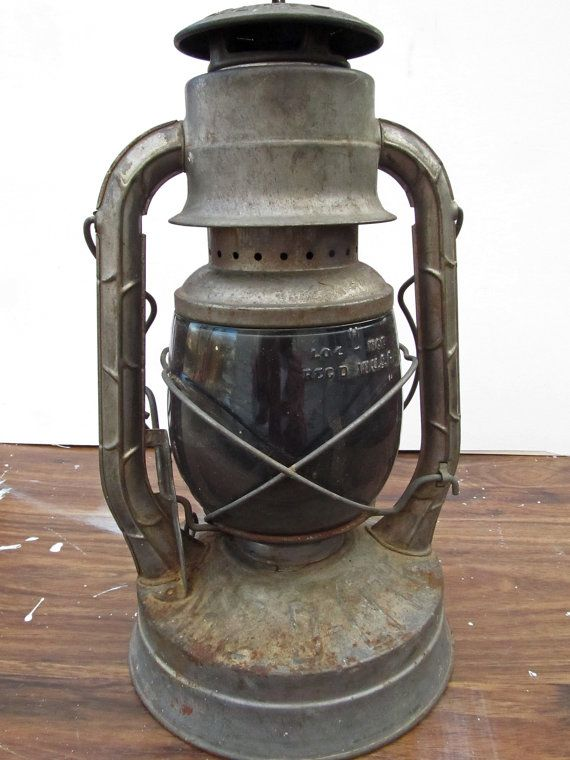 Vintage antique lantern - Dietz No. 2 D-Lite lantern, old railroad lantern, rustic decor
