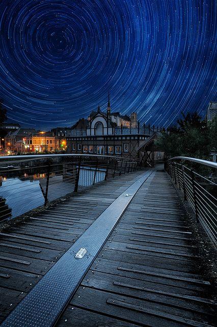 A perfect night by  David.Keochkerian , via Flickr