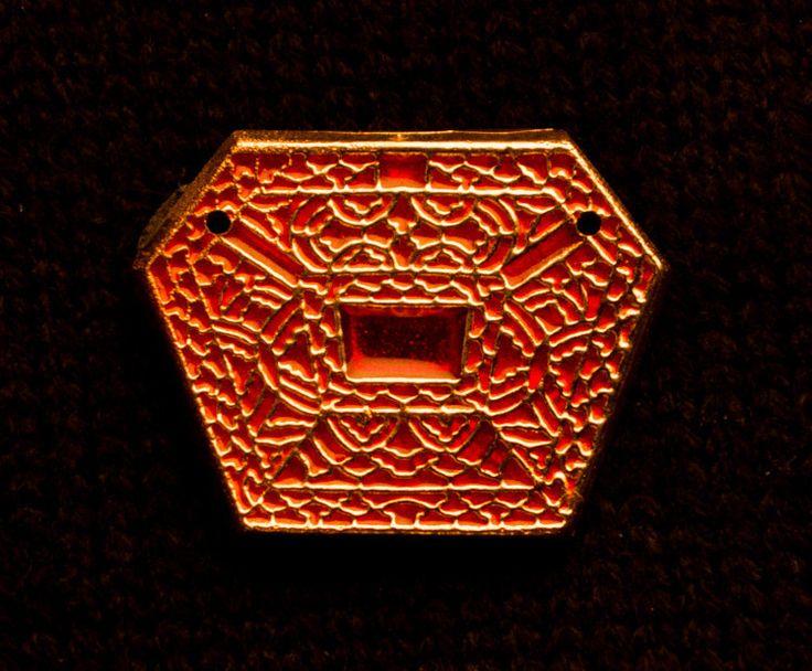 Mount, six sided red enamel - S-28