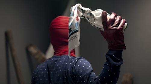 #linda frans french webshop shirts shawl hanen cock commune paris parijs medailles mooi fashion mode kleren #lindamagazine clothing clothes #lhomo http://www.lindamagazine.nl/2012/04/03/bolletjesshirts-en-shawls-met-hanen/