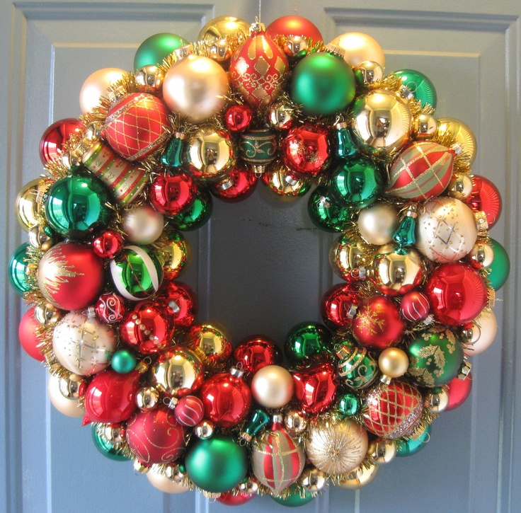 Wreath inspiration. Christmas Ornament Wreath, green, red, gold.