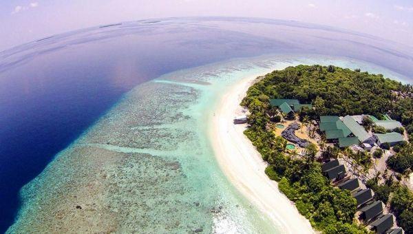 Furaveri Island Resort & Spa - aerial view
