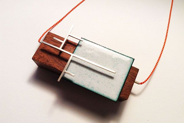 Rachel Butlin will be showing her amazing jewellery pieces at the Christmas Art and Food Market 25 - 17 November 2016.