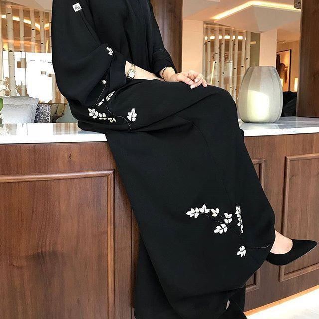 Repost Athwaqi أستقبل تفصيل Abayas Abaya Abayat Mydubai Dubai Subhanabayas Muslimah Fashion Outfits Abaya Fashion Fashion