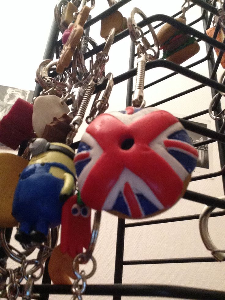 Don urnes anglais en pate fimo