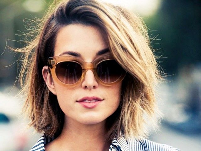 The Best Short Haircuts for Thick Hair | Byrdie UK