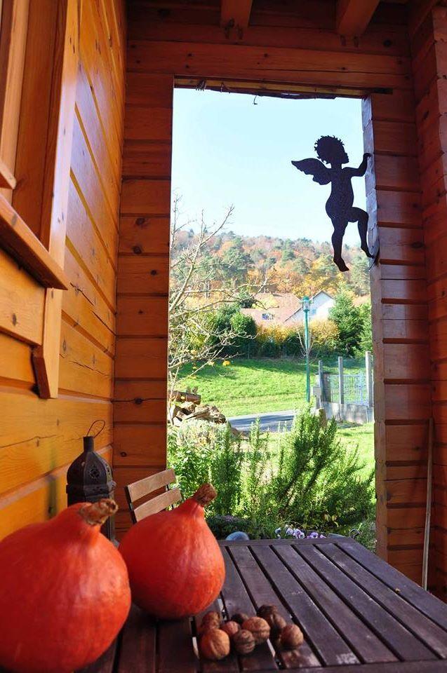 BoisDore, Alsace, France. Deux chambres d'hôtes biologiques et ecologiques en Alsace, dans un village calme http://www.organicholidays.com/at/3333.htm