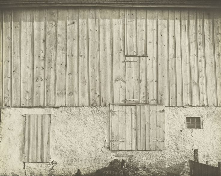 Side of a White Barn, Pennsylvania (1917). Charles Sheeler