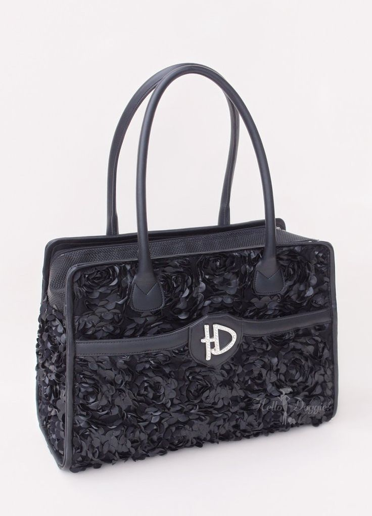MAJESTIC LUXURY DOG CARRIER PURSE  Free shipping and taxes are included on this designer dog carrier purse.