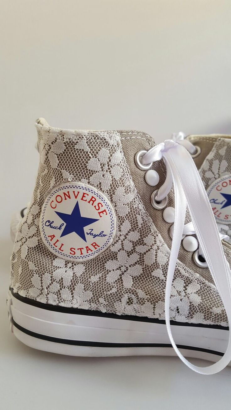 All Star converse: handmade customization using pizzo and white studs.  Glamourize@ectarget.com