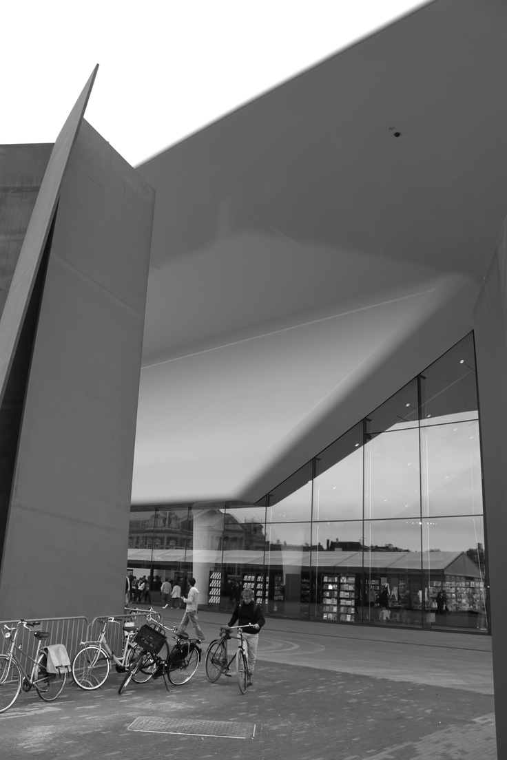 AMSTERDAM / Stedelijk Museum (ampliación de Benthem Crouwel Architects, 2012)