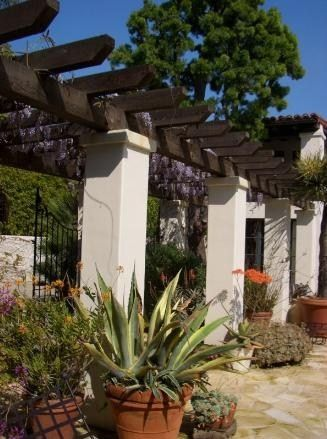 beautiful spanish style home by architect steve giannetti interior design files gates patio ideasbackyard - Spanish Style Patio Ideas
