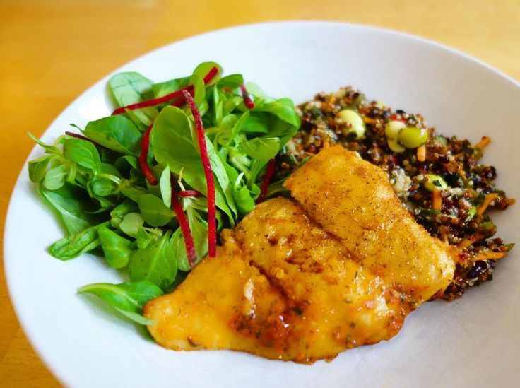 Fish Friday. . Cape hake filet in a sweet & smokey chilli marinade served with quinoa black rice edamame beans & a bistro salad.. . #fish #friday #foodie #foodphotography #yum #mycameraeatsfirst @sainsburys @marksandspencer #dinein #relax