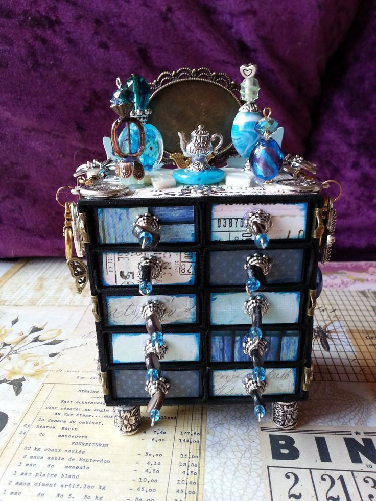 Beautiful themed matchbox craft..