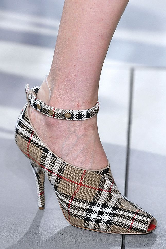 294f1c1b In In Burberry ShoesFashionCouture Burberry 2019Shoes In Burberry 2019Shoes  ShoesFashionCouture 2019Shoes b6gvmIfyY7