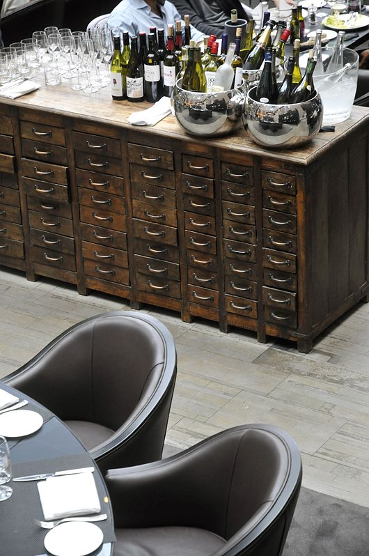lots of little drawers: