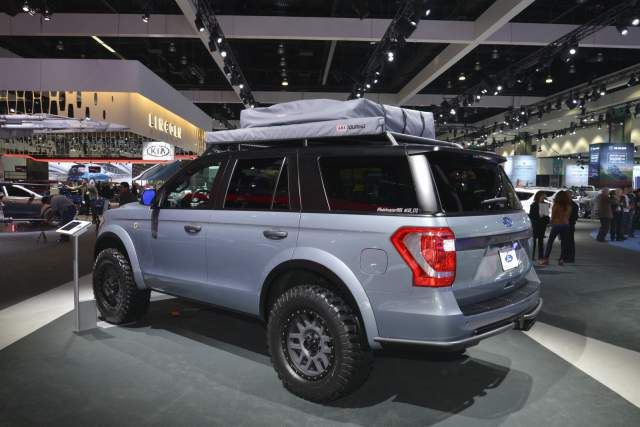 2019 Ford Expedition Baja Forged Adventurer Rear Concept