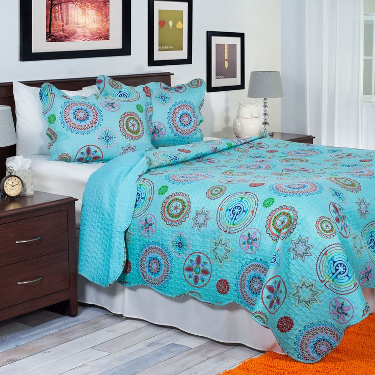 Bright And Bold Guest Bedroom: Reinvent Your Room With The Serena Quilt Set By Lavish