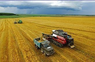 "Россия может сохранить урожай зерна на уровне 113-116 млн тонн в 2017 году http://www.agroxxi.ru/zhurnal-agromir-xxi/novosti/rossija-mozhet-sohranit-urozhai-zerna-na-urovne-113-116-mln-tonn-v-2017-godu.html  Россия в 2017 году может сохранить урожай зерна на уровне текущего года - 113-116 млн тонн. Об этом заявил журналистам министр сельского хозяйства Александр Ткачев в кулуарах форума ""Сочи 2016"""