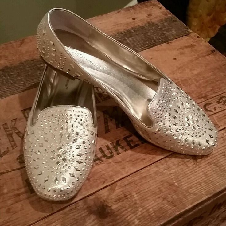 BCBGeneration BCBG Sparkly Gold Flats Size 7.5  #BCBGeneration #Flats #FunCasualParty