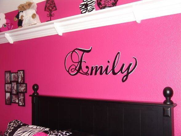 11 best images about julies room on pinterest girls for Pink zebra bedroom ideas