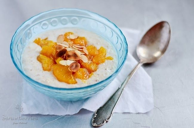 Oatmeal with caramelized oranges.