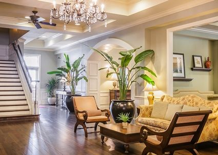 Hampton Inn & Suites Savannah Historic District Hotel