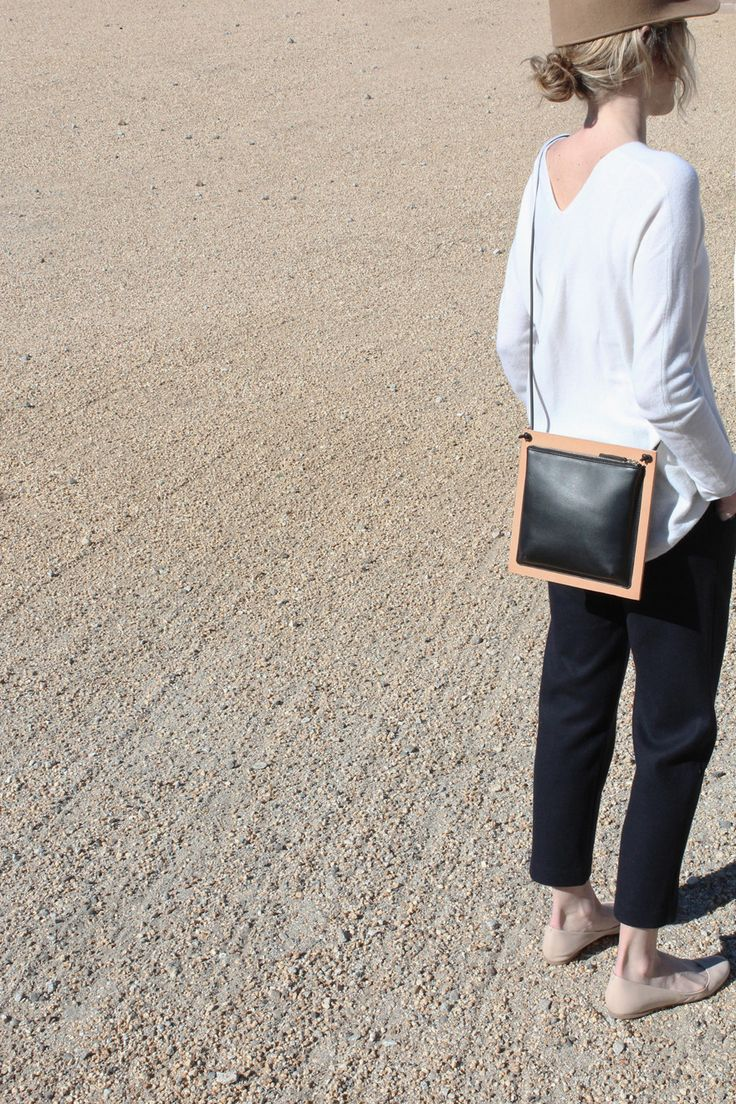 Frame (double-sided bag)