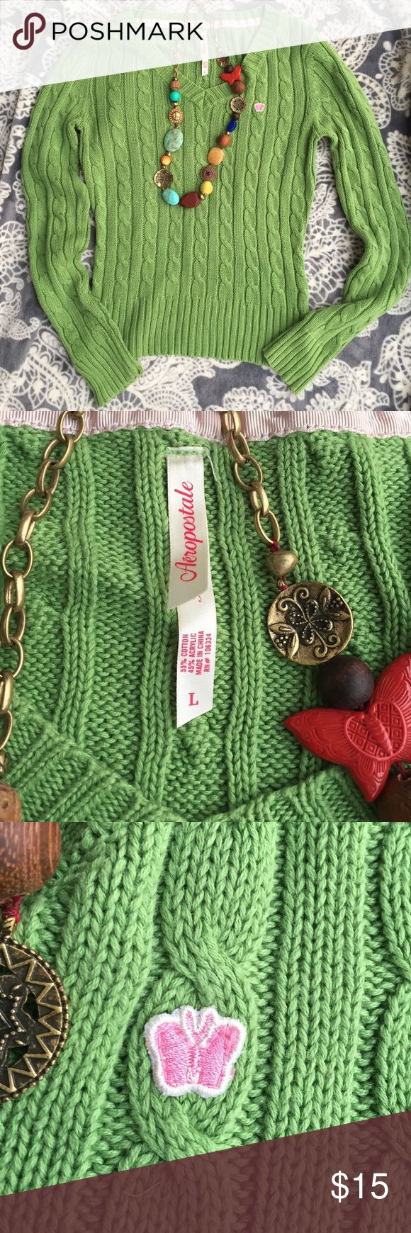 Aeropostale lime green sweater in large (juniors) Aeropostale lime green sweater in size large (juniors).... 🍓🍓🍓 check out pics for details Aeropostale Sweaters V-Necks