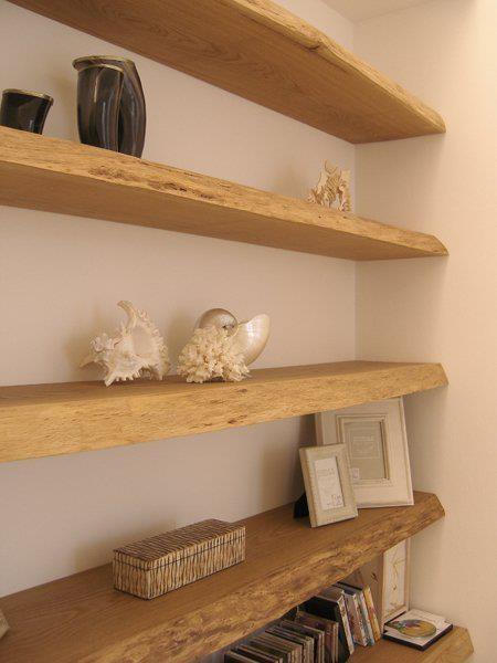 Mensole libreria muro tavole di recupero in rovere