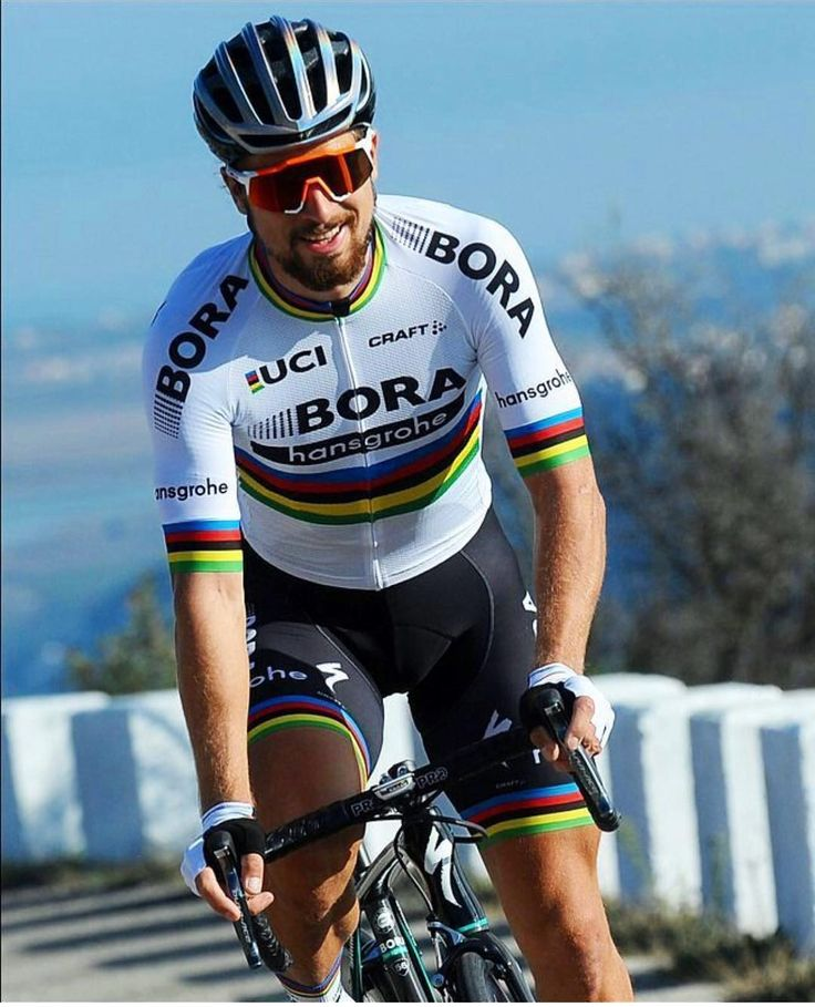 Peter Sagan working the runway in his new world champ / Bora Hansgrohe