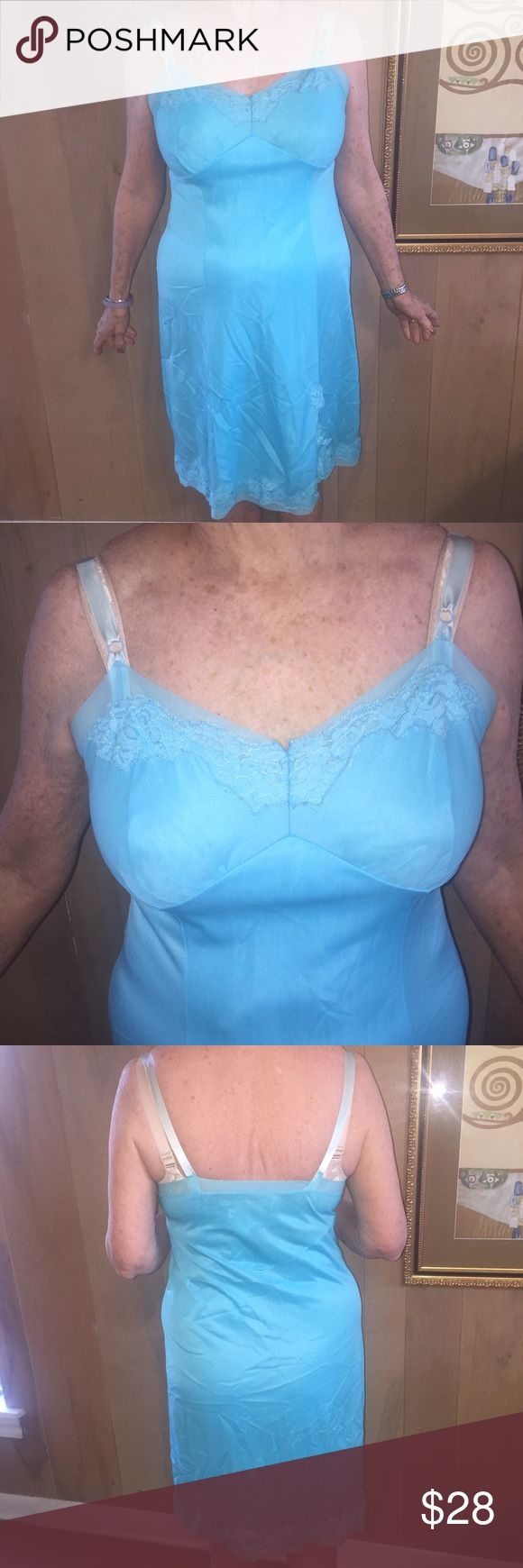 "👸🏼Vintage Texsheen Nylon Slip in Blue. Sz 38 👸🏼Vintage Texsheen Nylon Slip in Blue. Sz 38. 1970s. Excellent condition. Adjustable straps. Fits to size C cup. Model is a size 10 and 5'6"". Vintage Intimates & Sleepwear Chemises & Slips"