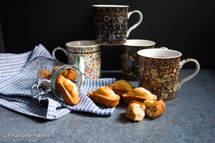 Mini plumcake panna e cioccolato Oggi un dolce classico per la colazione o per la merenda. Ho fatto i mini plumcake alla panna e cioccolato, sfiziosi ed in versione mignon. Versione molto piccola praticamente mini che si mangiano in un boccone e volendo li potete conservare in un barattolo di vetro ermetico, ci stanno anche...