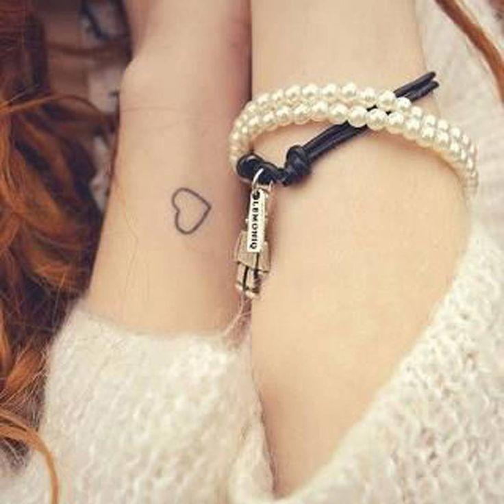 Petit tatouage cœur