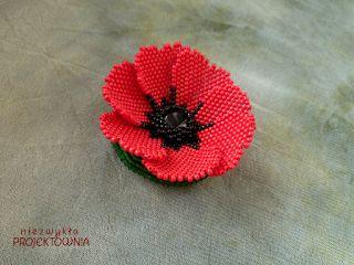 #poppy #flower #broche #beading