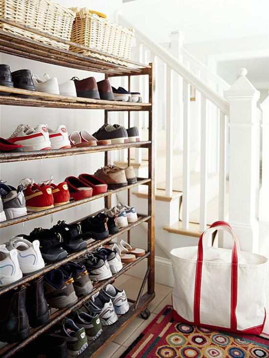 Smart Shoe StorageBack Doors, Antiques Shoes, Front Doors, Shoe Storage, Shoes Storage, Storage Ideas, Shoe Racks, Smart Shoes, Shoes Racks
