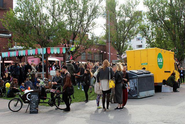 Helsingin Kalasataman ja Sörnäisten kupeessa sijaitsevan Teurastamon valtaa kesällä joka kuukauden ensimmäinen torstai Street Food Thursday -pihaklubi. #streetfoodthursday #helsinki #finland