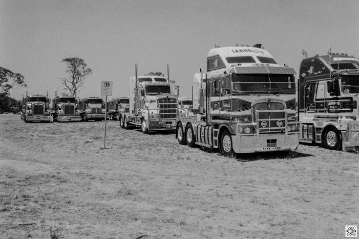 https://flic.kr/p/24V4Vkh | City | My Canberra - on film mainly around Gungahlin, back in 2014  ... Canberra day special convoy...  Olympus XA, Kodak T-Max 100  www.pavelvrzala.com