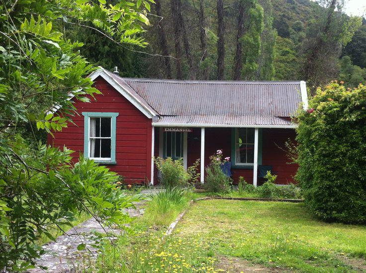 Cottage in Reefton, 2014