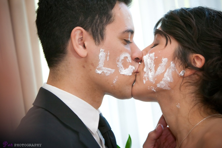 Wedding Photography idea - this is cute