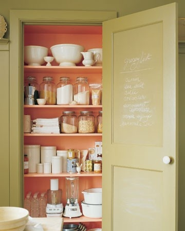 fun to paint inside of pantry a color