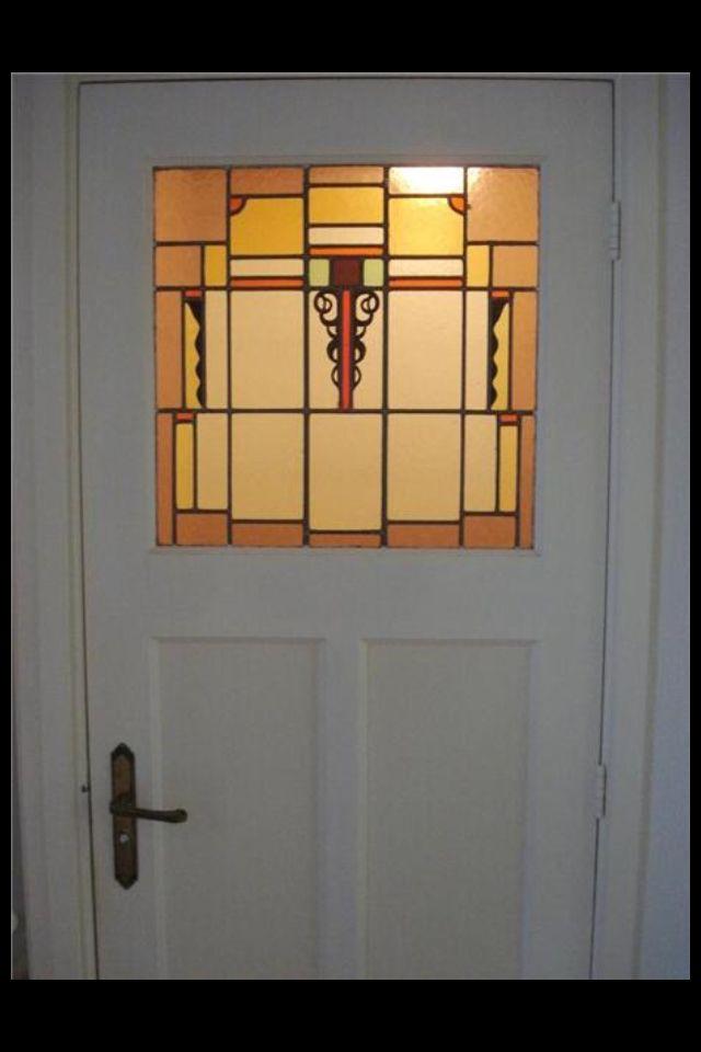 Deur met glas in lood jaren '30 | geel glas | witte deur