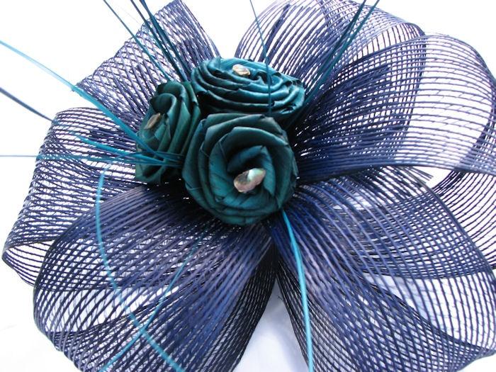 Flax Flower Rose Bouquet / Table Centre Piece 20043 / artisangifts.co.nz /