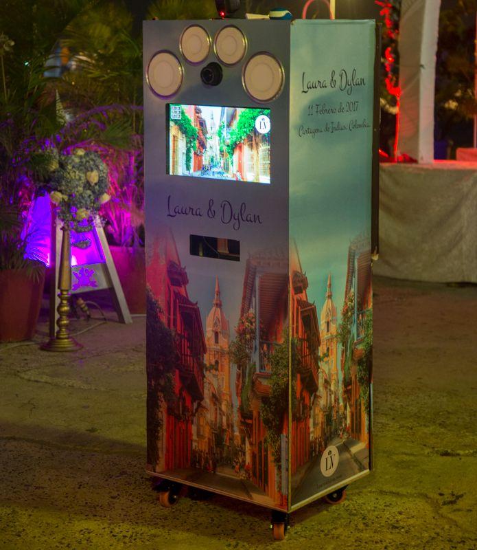 Para tu evento alquila la fotocabina de lauravision y diviertete todo el tiempo. #alquiler de fotocabinas # photocall # fotocol # photocabinas # eventos Cartagena # recordatorios para bodas