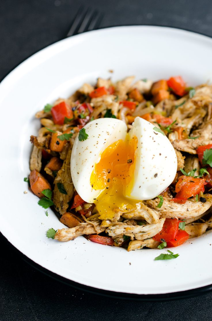 Chicken Hash with Sweet Potatoes and Soft-Boiled Eggs #paleo #glutenfree
