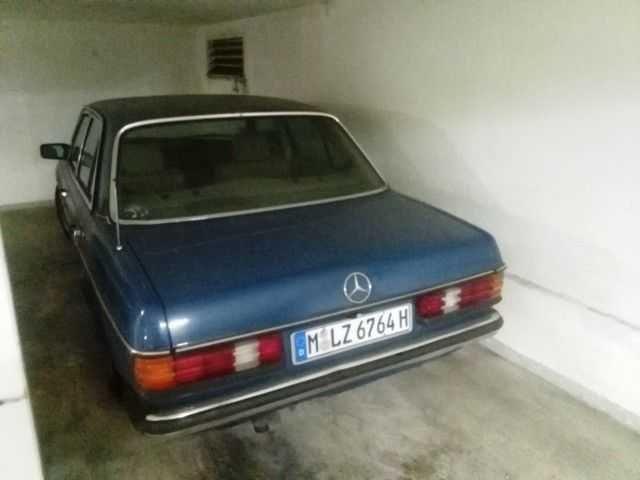 Mercedes 230 E (W 123) - Sammlerfahrzeug aus der Garage