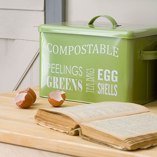 Replace, re-use... a compost bin!